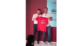 كافو سفيرًاعالميًا للجنة العليا لـ«مونديال 2022»