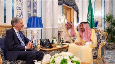 خادم الحرمين يبحث مع وزير المالية البريطاني أوضاع المنطقة في ظل تهديدات إيران