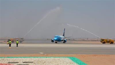 مصر.. هبوط أول طائرة في مطار العاصمة الجديدة