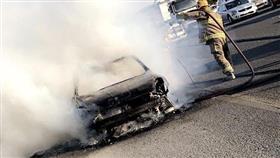 «الإطفاء»: حريق مركبة على طريق الملك فهد