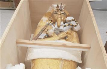 مصر.. بدء أعمال ترميم التابوت الذهبي للملك توت عنخ آمون