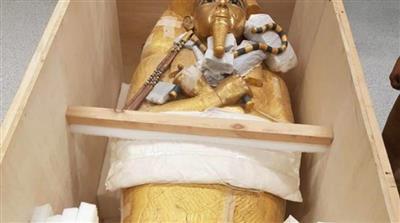 مصر تبدأ في ترميم التابوت الذهبي للملك توت عنخ آمون