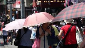 وفيات في موجة شديدة الحرارة تجتاح وسط وشرق أمريكا