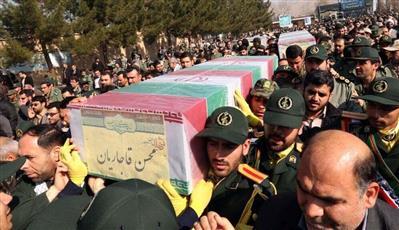 إيران: مقتل اثنين من الحرس الثوري في اشتباكات مع مسلحين