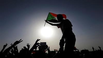 السودان.. النائب العام يتسلم التقرير النهائي الخاص بفض أحداث اعتصام الخرطوم