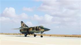 طائرة عسكرية ليبية تهبط في تونس.. والأمن يعتقل قائدها