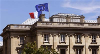 فرنسا تنفي موافقتها على الانضمام لقوة بحرية أوروبية في الخليج