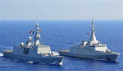 مصر وفرنسا تنفذان تدريبًا عابرا بالبحر المتوسط