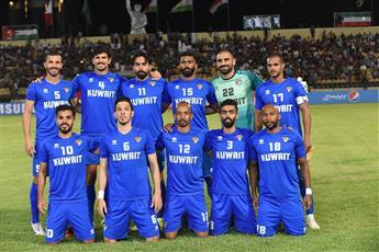 مواجهة الحسم بين الأزرق الكويتي والأحمر البحريني