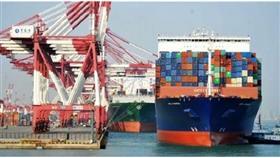 أمريكا ترجئ فرض رسوم على منتجات صينية
