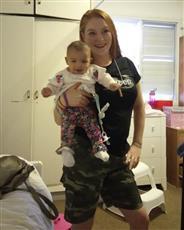 نجمة «صراع العروش» تتهم الشرطة الإسرائيلية باختطاف طفلتها