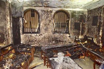 وفاة مواطن وإنقاذ امرأتين وثلاثة أطفال إثر حريق منزل في منطقة السرة