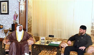 رئيس الشيشان يستقبل ممثل الكويت بالقصر الرئاسي في «غروزني»