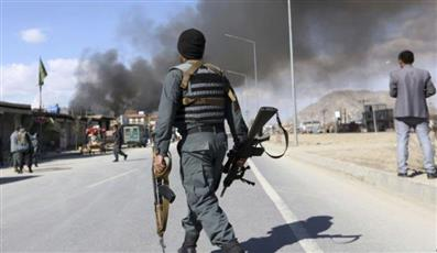 مقتل 3 من عناصر الأمن الأفغاني وإصابة اثنين باشتباكات مع «طالبان»