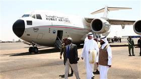 وصول الطائرة الثانية من الجسر الجوي الكويتي
