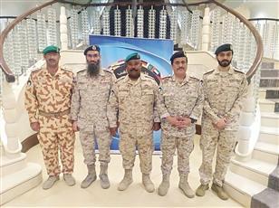 ممثلو الجيش الكويتي المشاركون في ندوة (كبار القادة بالاردن)