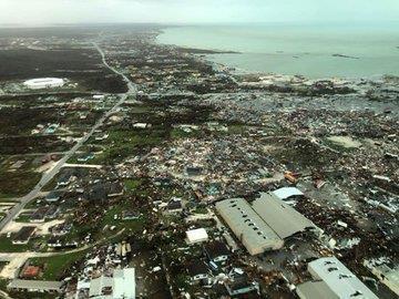 أمريكا تعلن حظر التجوال في فلوريدا وجورجيا وكارولينا تحسباً لإعصار دوريان