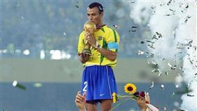 وفاة نجل كافو أثناء مباراة كرة قدم تسبب صدمة في البرازيل