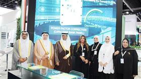 وزير النفط د.خالد الفاضل خلال زيارته للجناح الكويتي