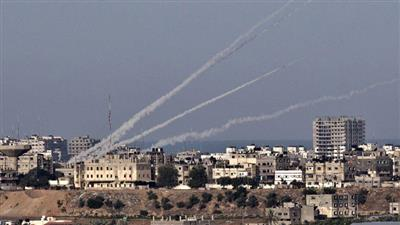إطلاق 3 صواريخ من غزة وصافرات الإنذار تدوي في إسرائيل