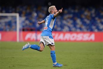 «بطل أوروبا» يسقط على أقدام نابولي في دوري الأبطال