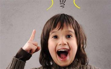 نمِّى ذكاء طفلك بمجموعة من الطرق البسيطة.. أهمها اللعب