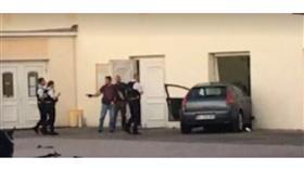 شخص بحوزته سلاح أبيض يقتحم بسيارته المسجد الكبير في كولمار الفرنسية