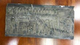 «الجمارك» تحبط محاولة تهريب 5 قطع أثرية فرعونية إلى داخل الكويت