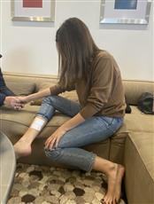 صورة متداولة لإصابة الفنانة نانسي عجرم إثر محاولة سرقة فيلاتها
