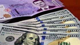 الليرة السورية تواصل تراجعها أمام الدولار