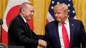 ترامب وأردوغان يبحثان هاتفيا تطورات الأزمة في ليبيا