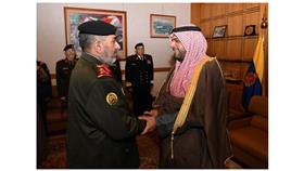 وزير الدفاع يستقبل اللواء خالد صالح الصباح