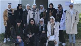 وفد الطالبات الكويتي خلال زيارتهن مدينة (بنزرت) التونسية