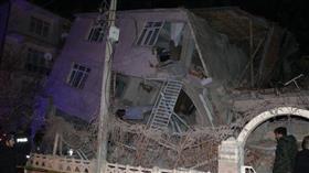 ارتفاع ضحايا زلزال تركيا إلى 29 قتيلا ومئات الجرحى
