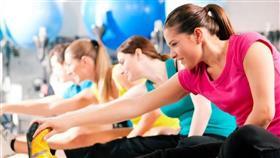دراسة: النساء اللائي يتمتعن بصحة جيدة أكثر عرضة للآثار طويلة المدى لـ«كورونا»