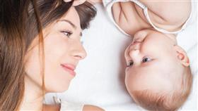 خرافات حول تساقط الشعر بعد الولادة