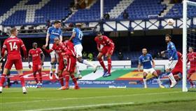ليفربول يتعادل بصعوبة مع ايفرتون في افتتاح الجولة الخامسة من البريميرليج