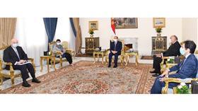 السيسي: هدفنا الأساسي استعادة الاستقرار بليبيا من خلال المسار السياسي