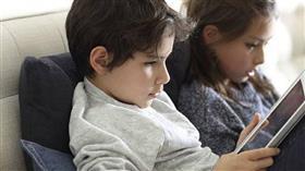 4 خطوات ذكية تبعد أطفالكم عن الشاشات
