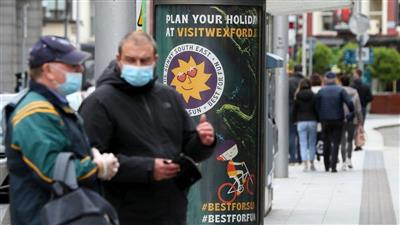 ايرلندا تصبح أول دولة أوروبية تعيد فرض الإغلاق لاحتواء تفشي فيروس كورونا
