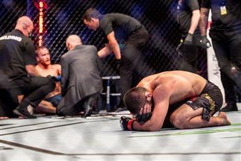المقاتل حبيب نور محمدوف يعلن اعتزاله بطولات الفنون القتالية