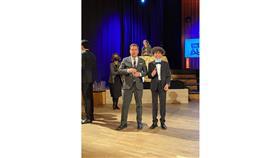 طفل مصري يفوز بجائزة «شخصية العام» بالنمسا