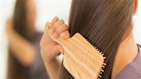 هكذا تكتشفين إذا كان شعرك يتمتع بصحة جيدة باختبار منزلي