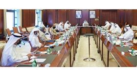 رئيس الوزراء يجتمع مع أربع فرق متخصصة بمعالجة الملفات الحيوية