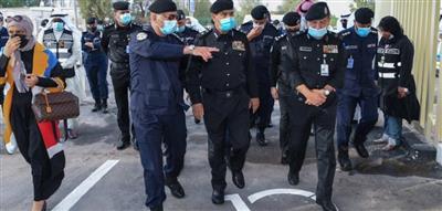 افتتاح مركز خدمة إنجاز المعاملات المرورية لذوي الاحتياجات الخاصة من داخل مركباتهم