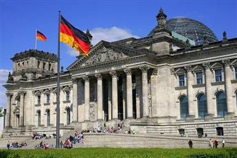ألمانيا تقدم مساعدات إضافية بقيمة 22 مليار يورو للشركات.. في مواجهة كورونا
