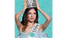 مايا رعيدي تتربع على عرش الجمال في لبنان للعام الثالث
