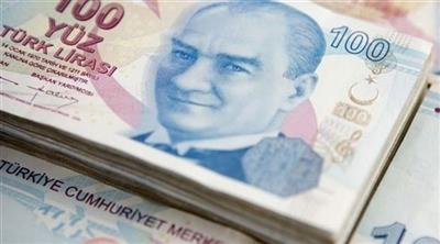 الليرة التركية تواصل التراجع أمام الدولار