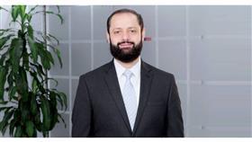 د. أسامة العنزي يناشد بإعادة فتح المطار.. واعتماد حجر السفر 3 أيام مع أخذ المسحة
