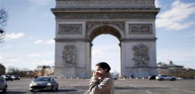 فرنسا تسجل انخفاضا ملموسا في الإصابات بكورونا